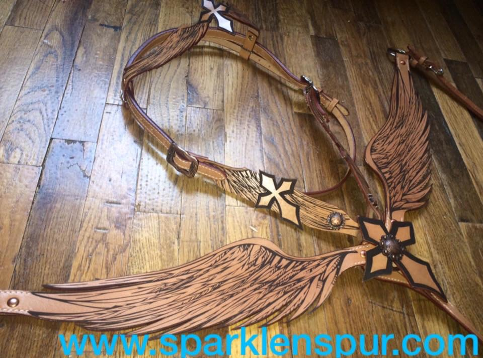 13661 Angel wing cross tack set